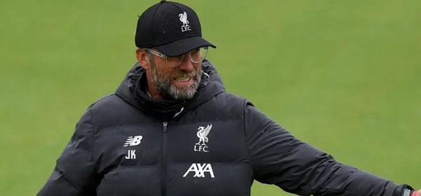 英超即將複賽,利物浦全隊進行全接觸式訓練