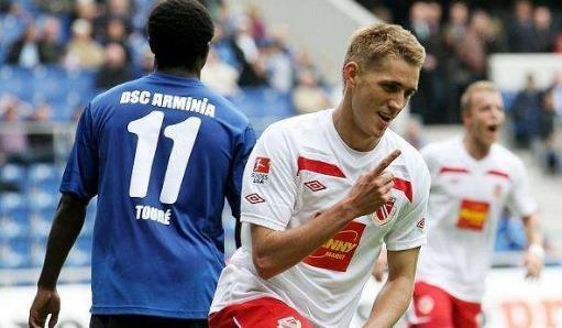 【戰報】3月8日 德甲 沃爾夫斯堡0-0萊比錫紅牛 施拉格終場前錯失絕殺良機