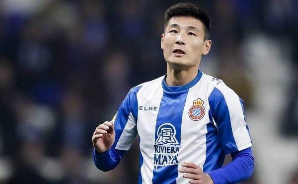 武磊個人資料 中國足球職業聯賽史上最年輕出場球員