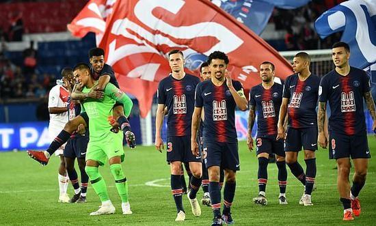 法國總理宣布:停擺中的2019-20賽季法甲和法乙聯賽將不再重啟